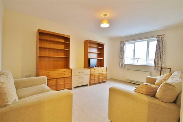 1 bed flat for sale in Beaver Close, Morden