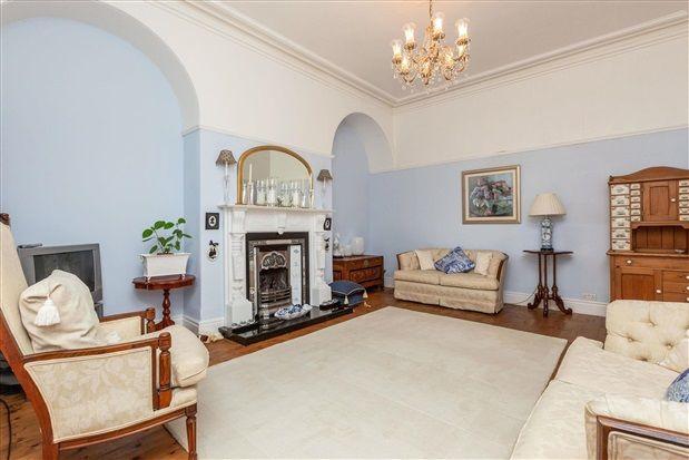 Lounge of Whinfield Lane, Preston PR2