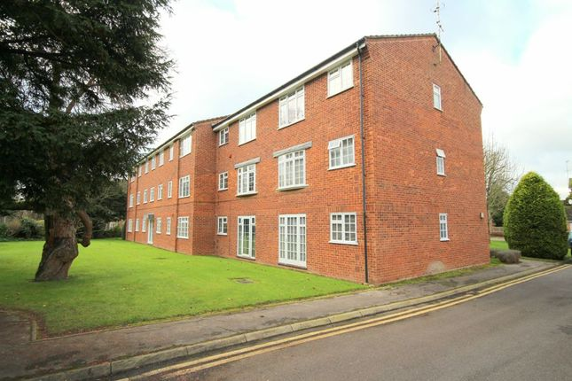 1 bed flat for sale in North Parade, Horsham
