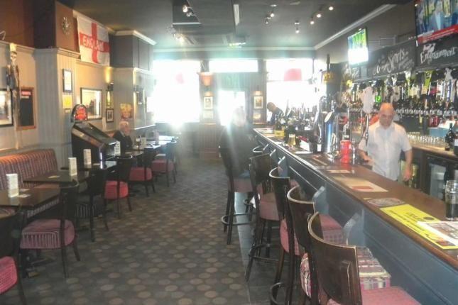 Thumbnail Pub/bar to let in Northolt Road, South Harrow