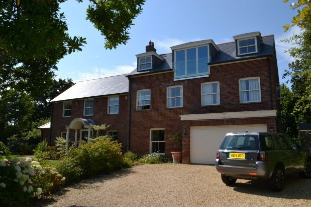 Thumbnail Property to rent in Grove Pastures, Lymington