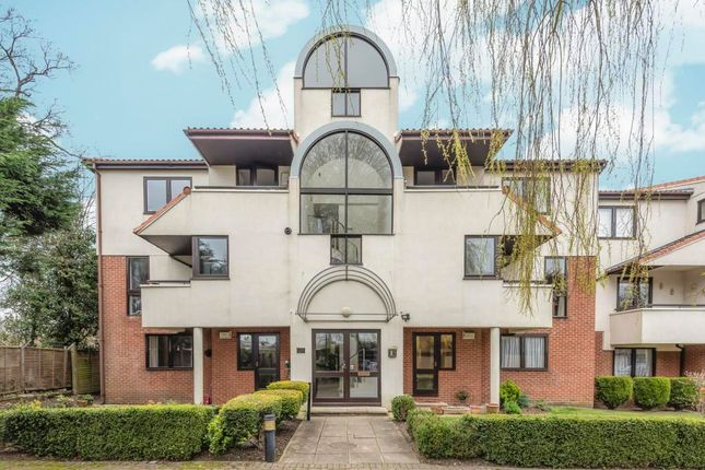 Thumbnail Flat to rent in Carlton Place, Northwood