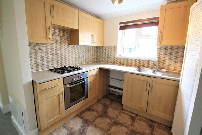 Thumbnail Flat to rent in Alma Road, Plymouth