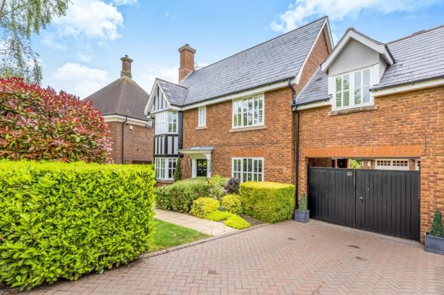 Thumbnail Link-detached house for sale in Chalfont Crescent, Weston, Crewe, Cheshire