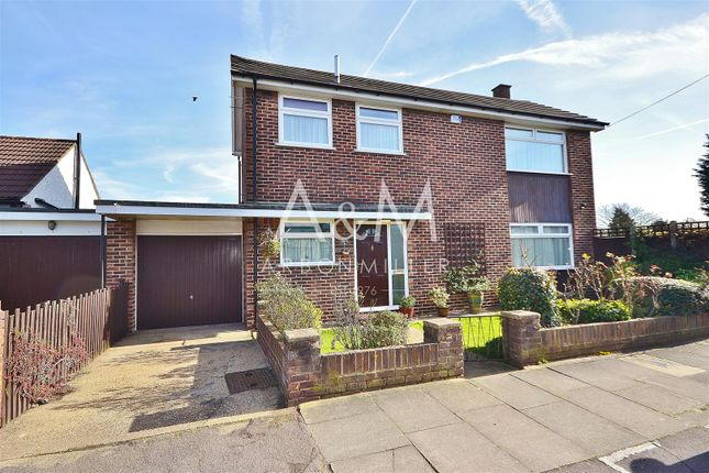 Thumbnail Detached house for sale in Heybridge Drive, Ilford