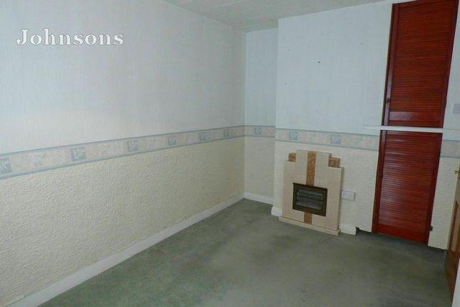 Bedroom 2 of St Georges Avenue, Dunsville, Doncaster. DN7