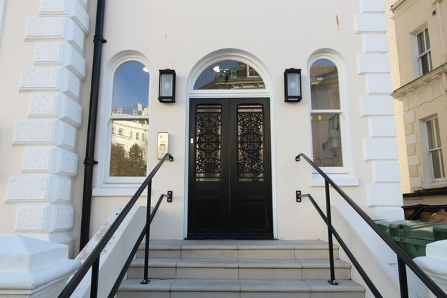 1 bed flat to rent in Clifton Crescent, Folkestone CT20