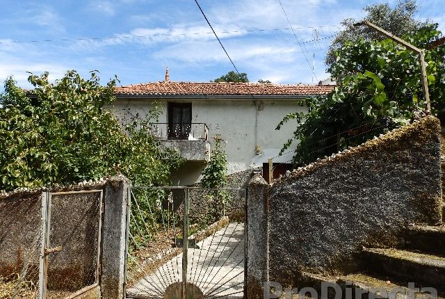 Thumbnail Country house for sale in Ádela, Cadafaz E Colmeal, Góis, Coimbra, Central Portugal