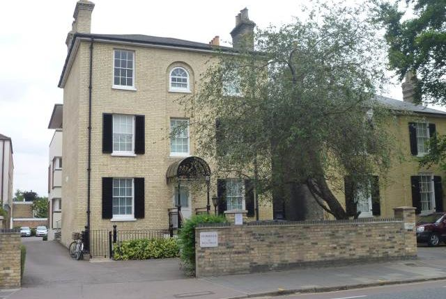 Thumbnail Flat to rent in Felbrigge House, 39 Hills Road, Cambridge