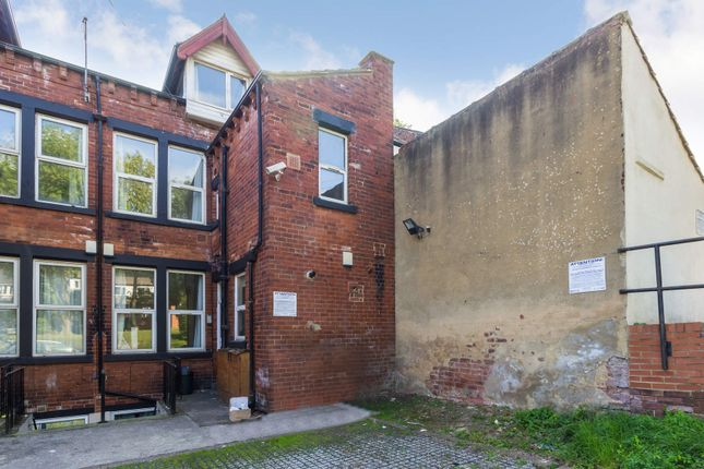 Thumbnail Flat to rent in Flat 2, 240 Vinery Road, Burley