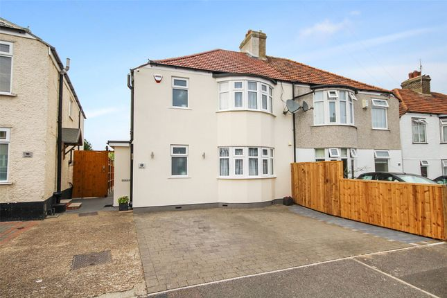 Thumbnail Detached house for sale in Exeter Road, Welling, Kent