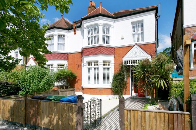 Thumbnail Property to rent in Eynella Road, London