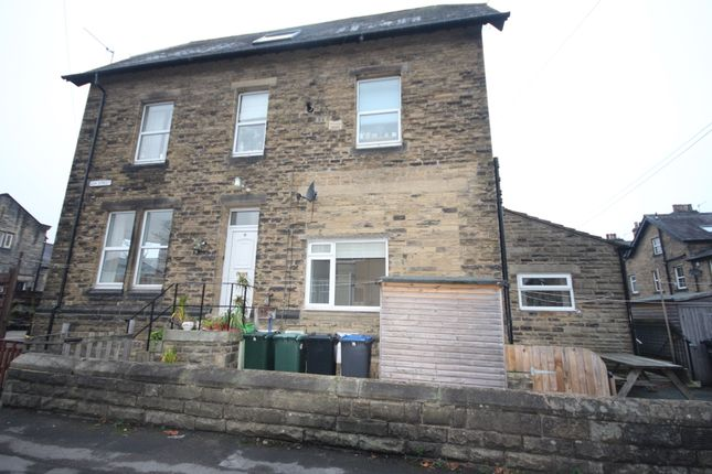Thumbnail Flat to rent in Ash Street, Ilkley