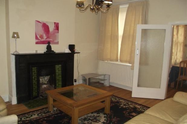 4 bed property to rent in Leslie Road, Nottingham