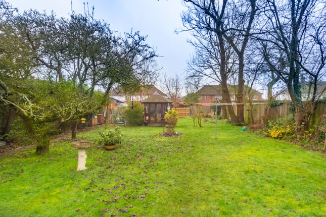 Garden01 of Aldershot Road, Ash, Surrey GU12