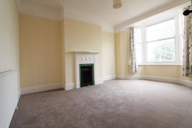 Thumbnail Flat to rent in The Rise, Palmers Green