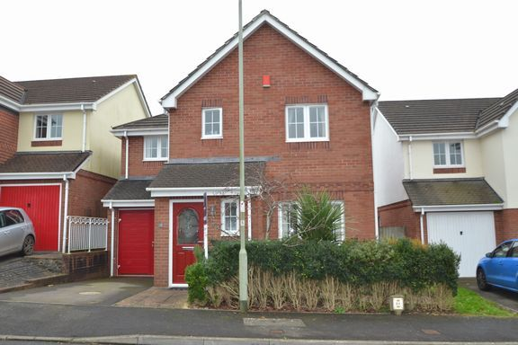 Thumbnail Detached house to rent in Crosscut Way, Honiton