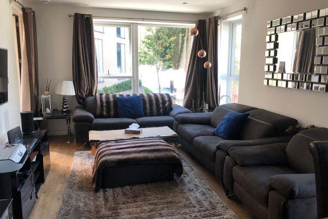 Peachey House, 29 Eltringham Street, London SW18