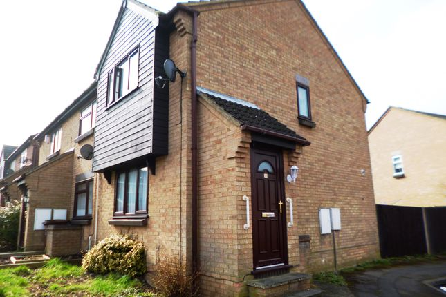 Thumbnail Terraced house to rent in Stag Road, Chatham