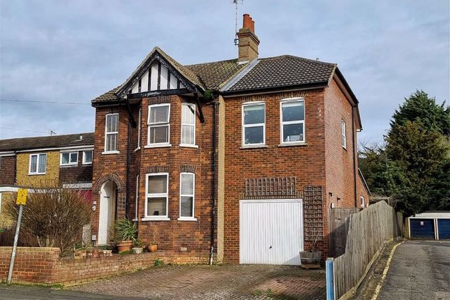 Thumbnail Detached house for sale in Rosebery Avenue, Linslade, Leighton Buzzard