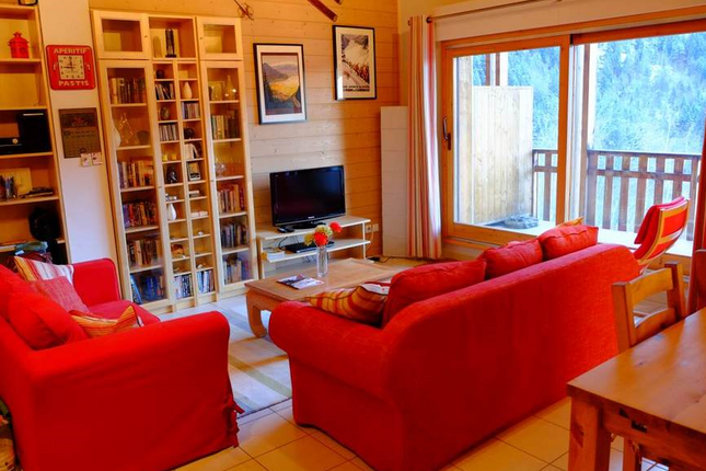 3 bed apartment for sale in Vaujany, Savoie, Rhône-Alpes, France