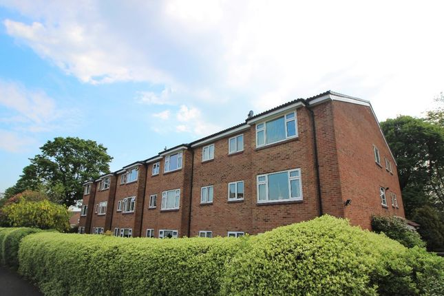 Oaklands, Holly Drive, Waterlooville, Hampshire PO7