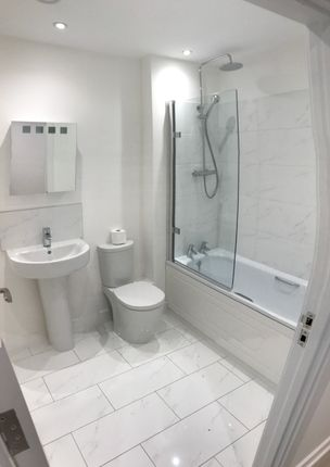 Thumbnail Flat to rent in Flat 8 King George Court, Luton