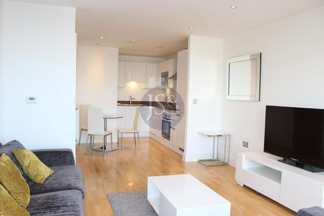 Thumbnail Flat for sale in Admirals Tower, Dowells Street, New Capital Quay, Greenwich