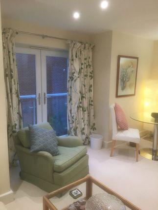 Thumbnail Flat to rent in Salterton Road, Littleham, Exmouth, Devon