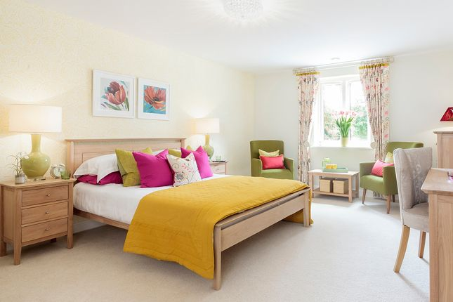 Thumbnail Flat for sale in Hart Close, Wilton, Salisbury
