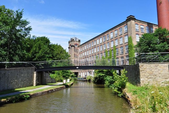 Thumbnail Flat to rent in Clarence Road, Bollington, Macclesfield