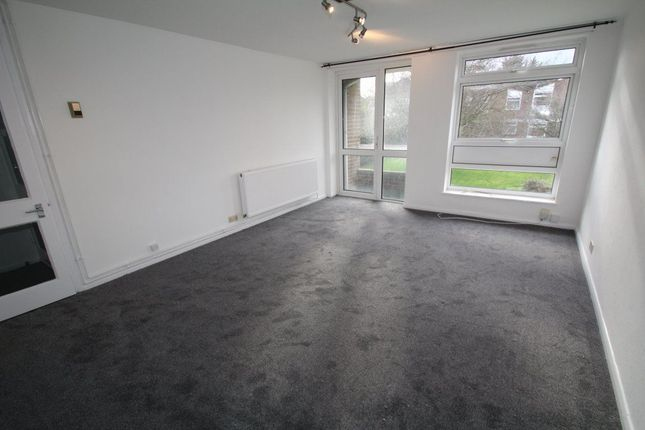 Thumbnail Flat to rent in Duffield Close, Harrow-On-The-Hill, Harrow