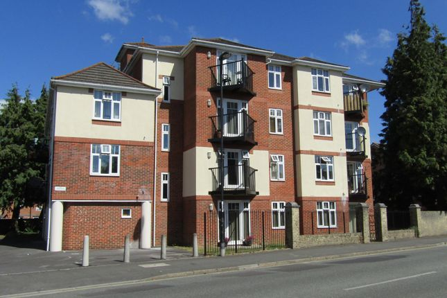Thumbnail Flat for sale in Regents House, Regents Park Road, Southampton