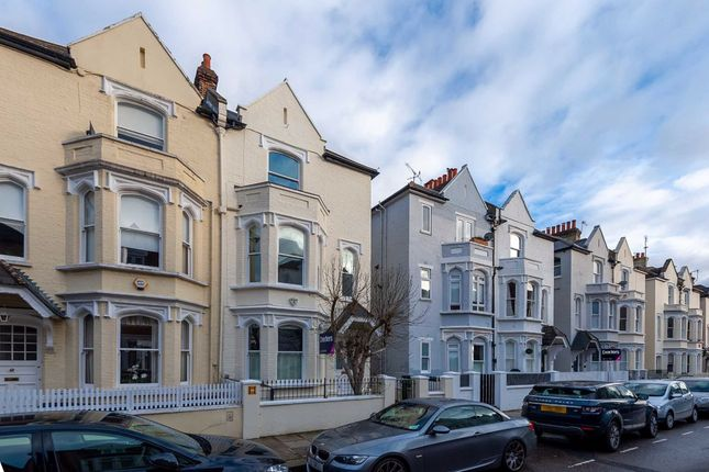 Thumbnail Property to rent in Whittingstall Road, London