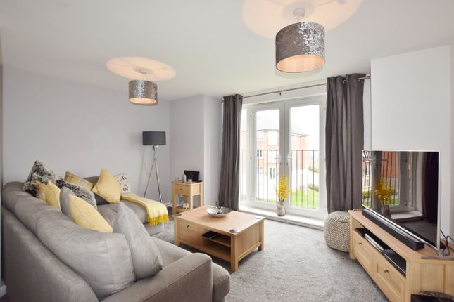 Thumbnail Flat for sale in Waggon Road, Middleton, Leeds