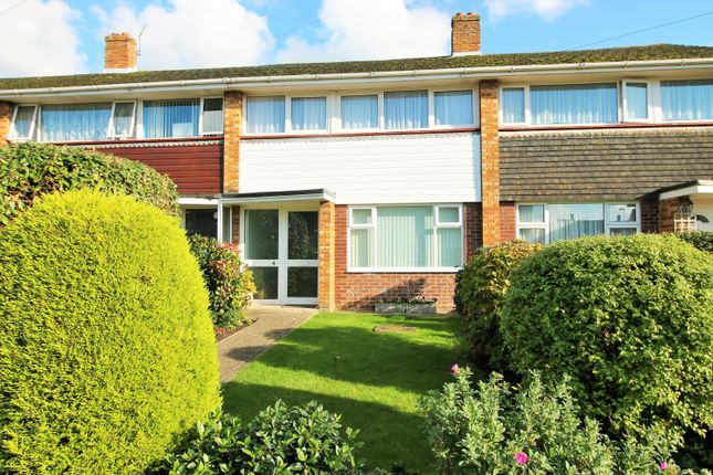 Thumbnail Terraced house to rent in Racton Avenue, Drayton, Portsmouth
