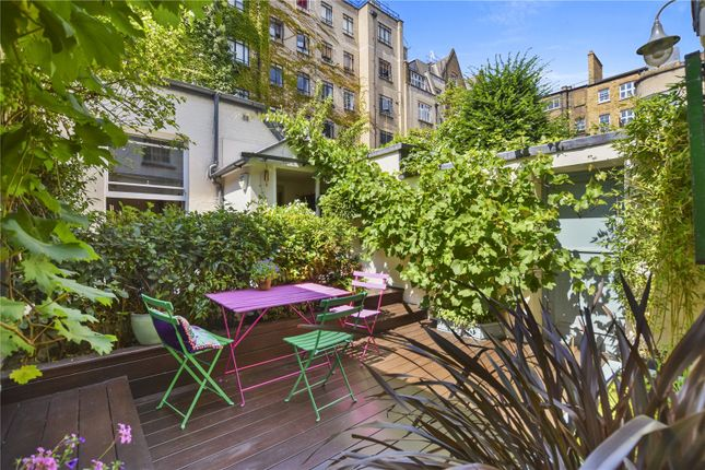 Thumbnail Mews house for sale in Harley Place, London