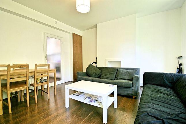 Flat to rent in Tatum Street, London