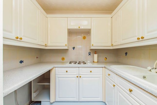 Kitchen of St. Helens Road, Swansea SA1