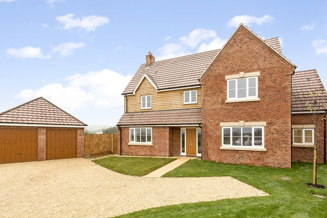 5 bed detached house to rent in Wainlode Lane, Norton, Gloucester GL2