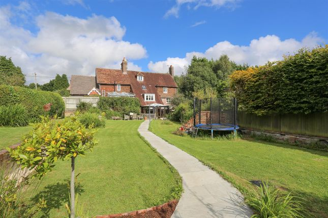 Thumbnail Terraced house for sale in London Road, Maresfield, Uckfield