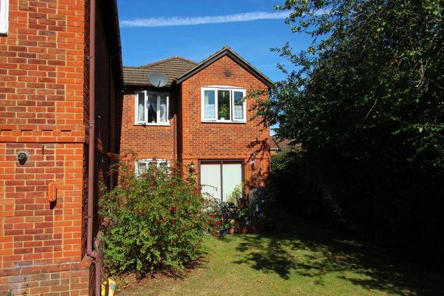 Img_9728 of Parkhouse Lane, Reading RG30