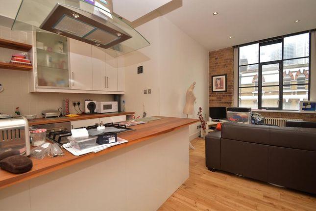 Thumbnail Flat to rent in Saxon House, Spitalfields