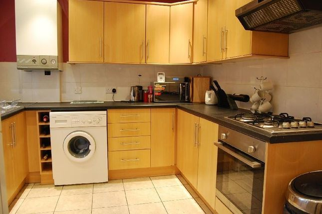 Thumbnail Property to rent in Beaufort Avenue, Didsbury, Manchester