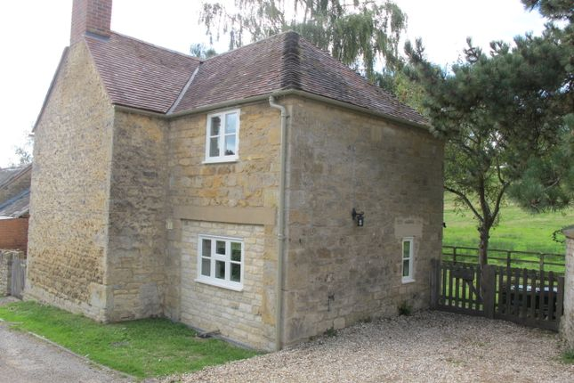 Thumbnail Cottage to rent in Overbury, Tewkesbury