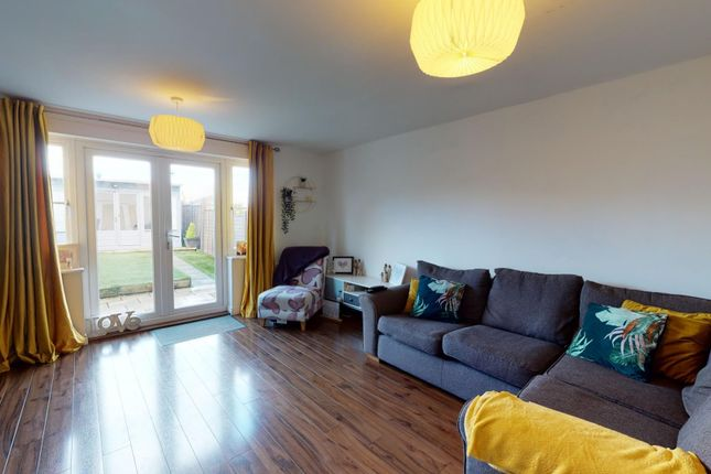 4 bed property for sale in Eversleigh Rise, Whitstable CT5