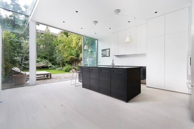 Thumbnail Property for sale in Melrose Gardens, London