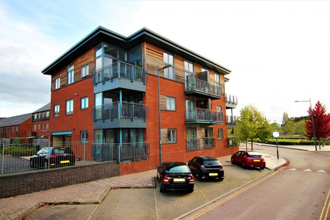 Thumbnail Flat for sale in Crossley Road, Worcester