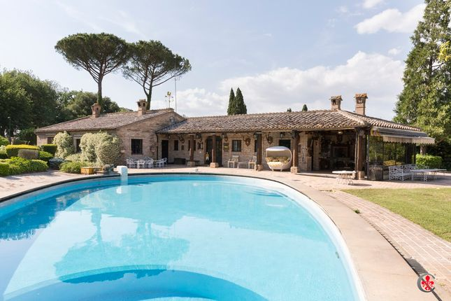 Thumbnail Villa for sale in Olgiata, Rome City, Rome, Lazio, Italy