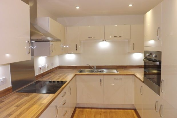 Thumbnail Flat to rent in Abbess Way, Waterlooville